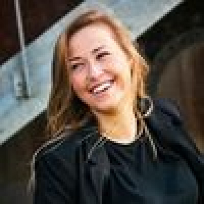 Sarah zoekt een Kamer / Studio in Gent