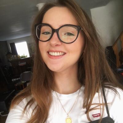 Eline zoekt een Kamer / Studio in Gent