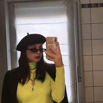Diana zoekt een Kamer / Appartement / Studio in Gent