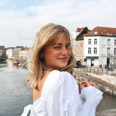 Yana zoekt een Appartement / Studio in Gent